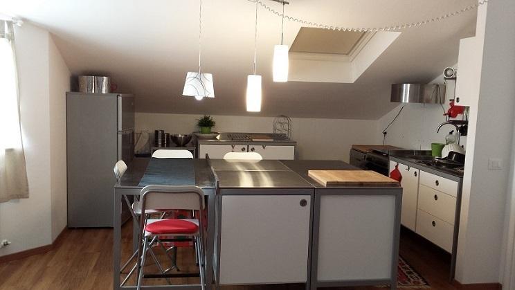 5 )Casa Paola  Senigallia - grande mansarda, vacation rental in Scapezzano