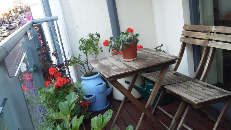 Balcon avec des plantes...