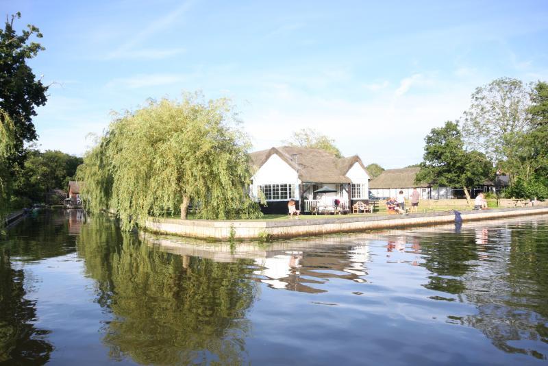 Box End Riverside Cottage