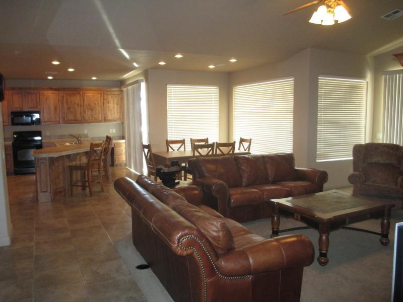 Beautiful. light, spacious, living/dining area