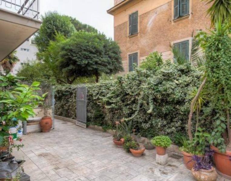 Appartamento in roma centro delizioso con giardino aggiornato al