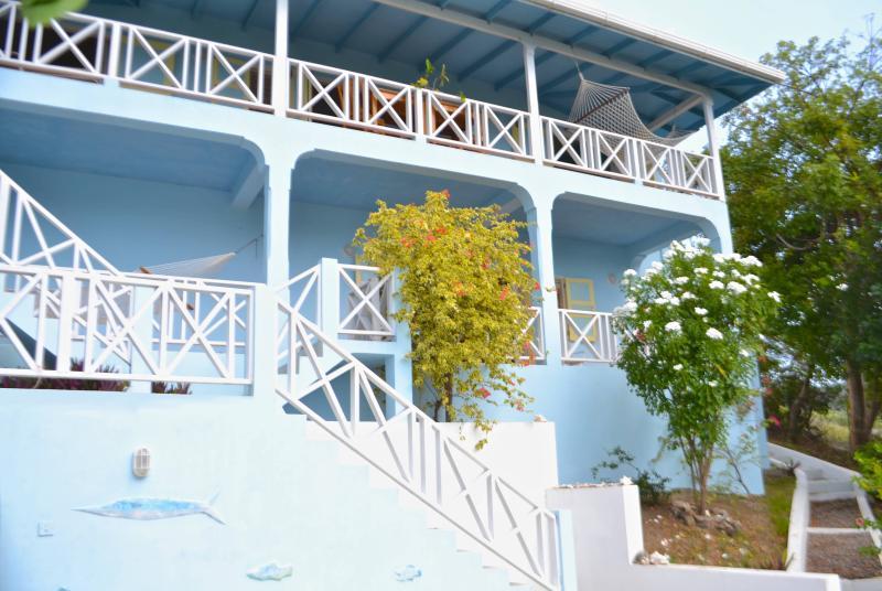 Villa Ballyhoo - with Glorious Double Veranda Views