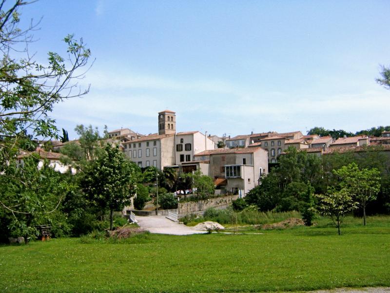 The village of Cenne Monesties
