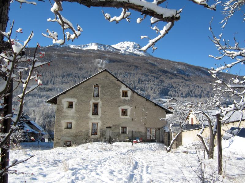 Snowgums - magnificent renovated chalet for 10 + 3 kids, holiday rental in Briançon