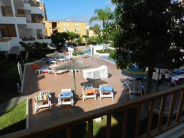 Los Cristianos ,Cristian  Sur apartment-Rare  Pool View !!, holiday rental in Los Cristianos