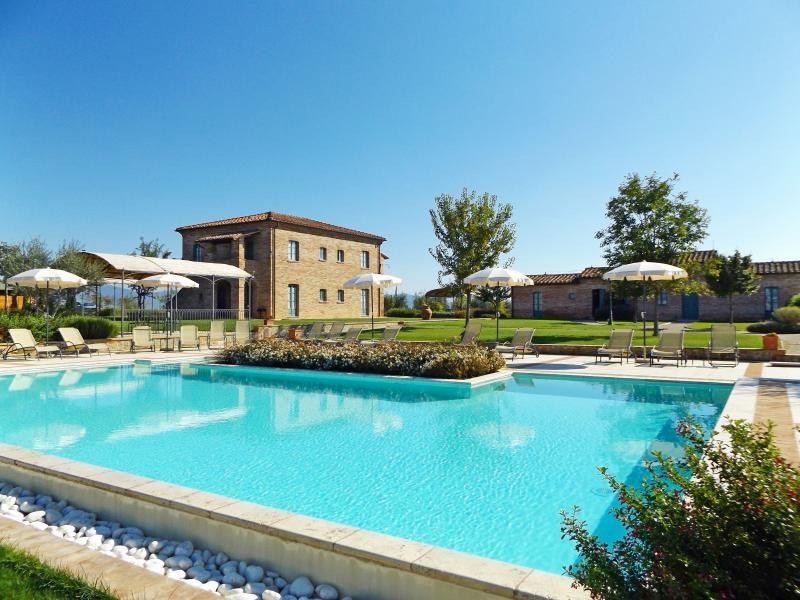 View of the Holiday Villa in Cortona:La Fiorita.
