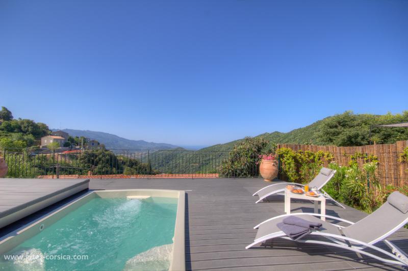La Maison de Majoli/Jeannette, vacation rental in Petreto-Bicchisano