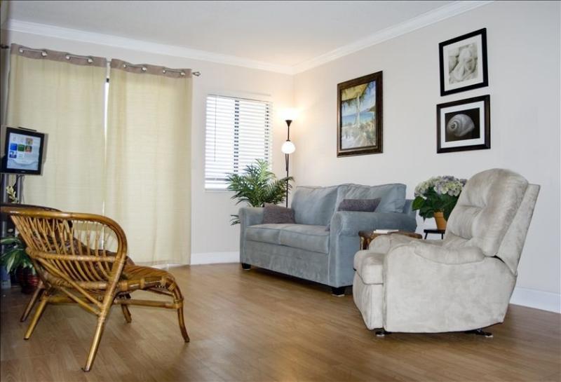 Full size sleeper sofa