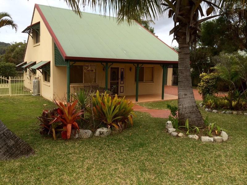 Sand Piper Cottage - Rainbow Beach, vacation rental in Gympie Region