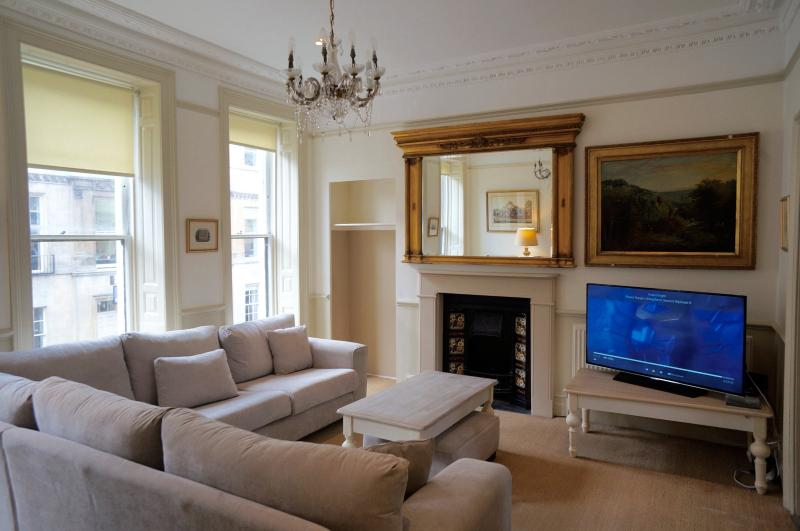 Spacious Living Room with Smart TV - ideal; for entertaining.