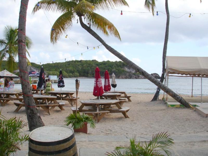 Restaurante de Bolongo Bay beach