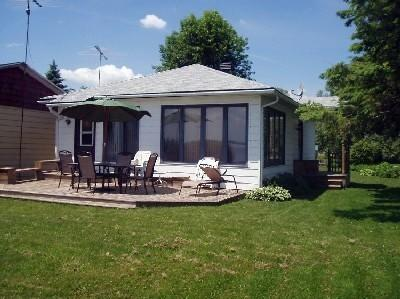 Great Waterfront getaway with beautiful panoramic, vacation rental in Lancaster