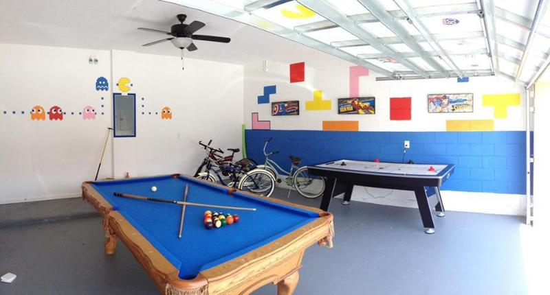 The Games Room with 8ft Pool Table & Air Hockey Table!