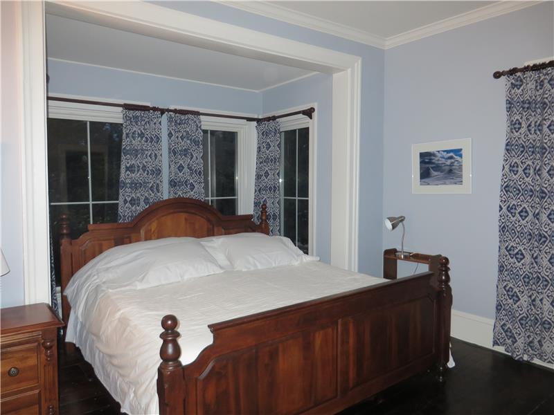 King bed, dresser, nightstands, large closet
