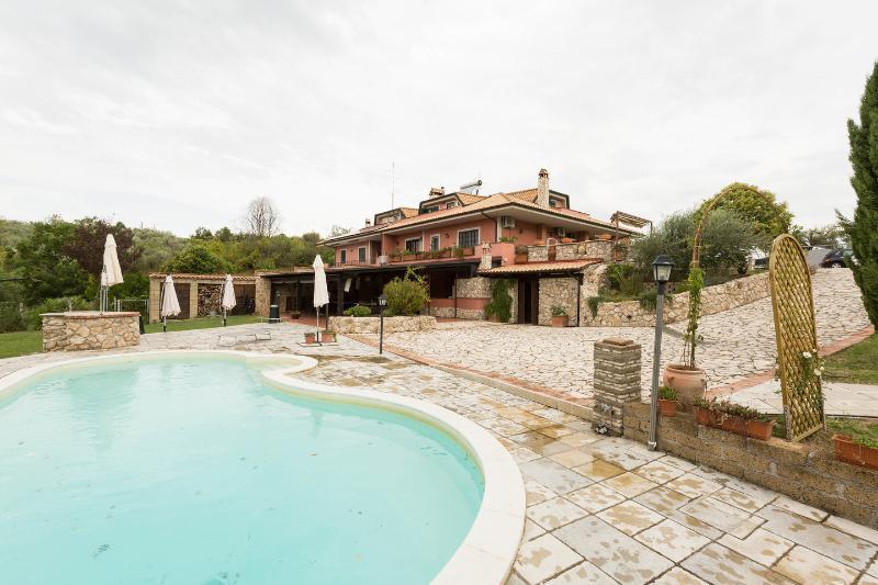 Allaquercia b&b, holiday rental in Monterotondo Scalo