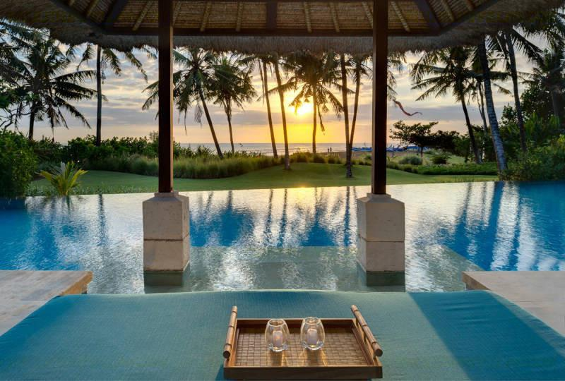Villa Arika Bali Beachfront Canggu Luxury 4 bedroom, Gym, Sunset Views, holiday rental in North Kuta