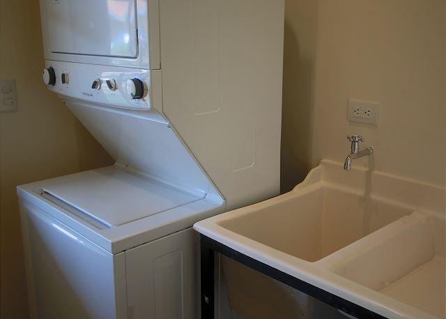 Stacker/Washer Dryer