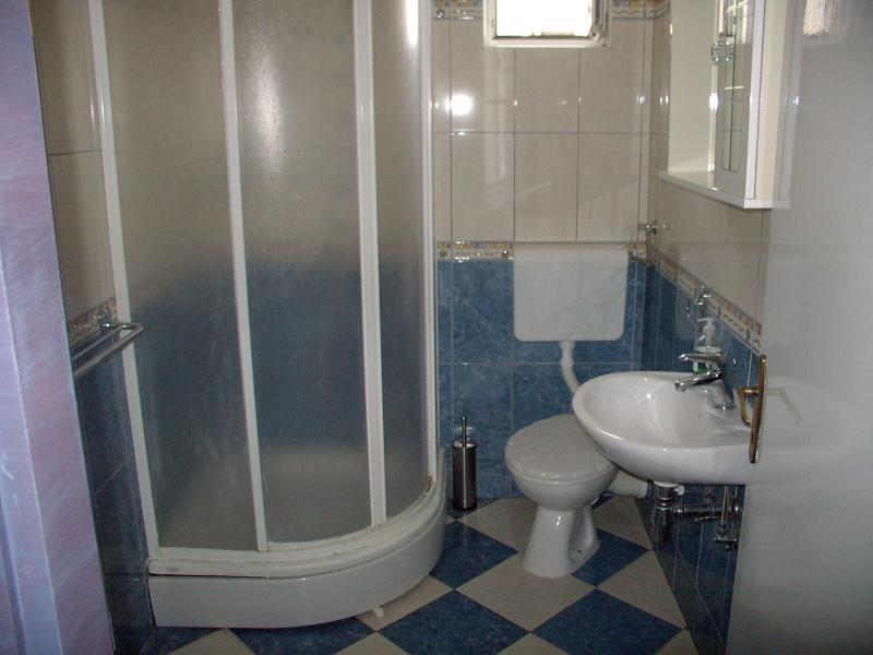 A4(10): bathroom with toilet