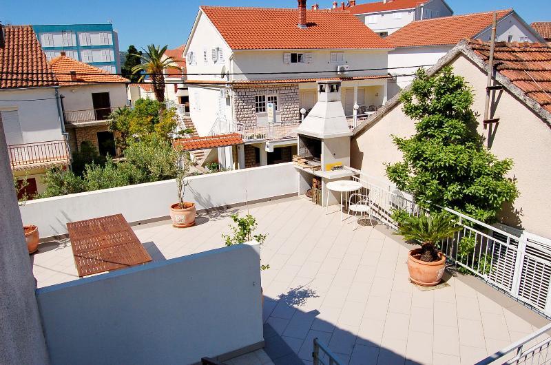 gemeenschappelijk terras (huis en omgeving)