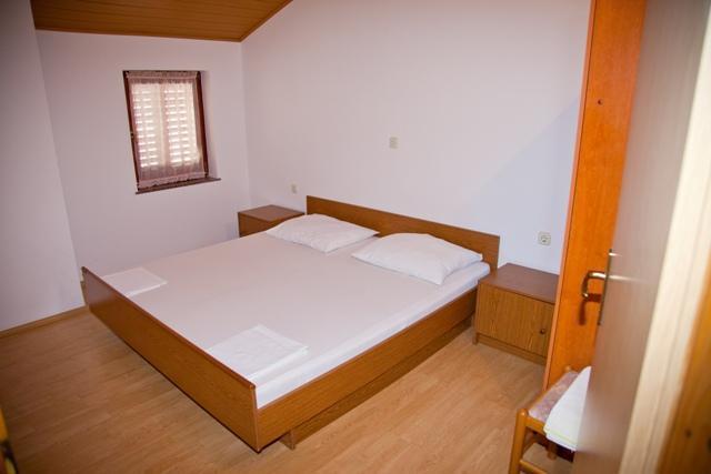 A7(4+1): bedroom