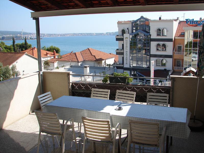 Milka A2(2+1) - Seget Donji, vacation rental in Donji Seget