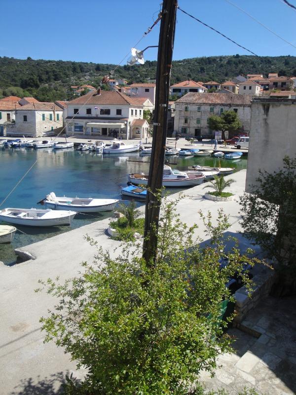 A1-Mande (3+1): balcony view