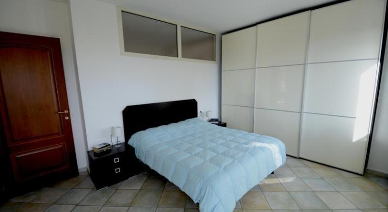 Residenza Maria Antonia - Private Apartment – semesterbostad i Orosei