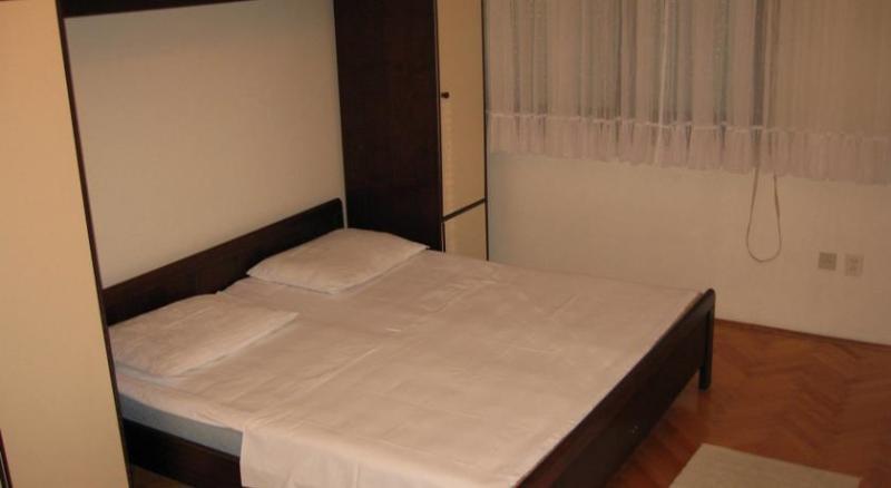 A1(4+1) : chambre à coucher