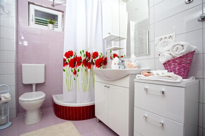 A(4): bathroom