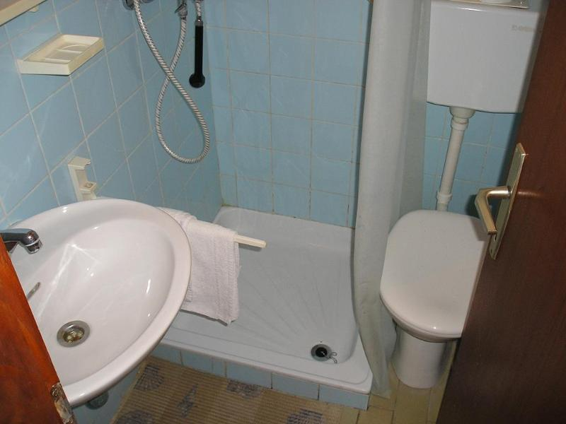 A3(2): bathroom with toilet