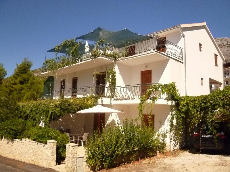 Josip A2(2+2) - Ivan Dolac, vacation rental in Hvar Island