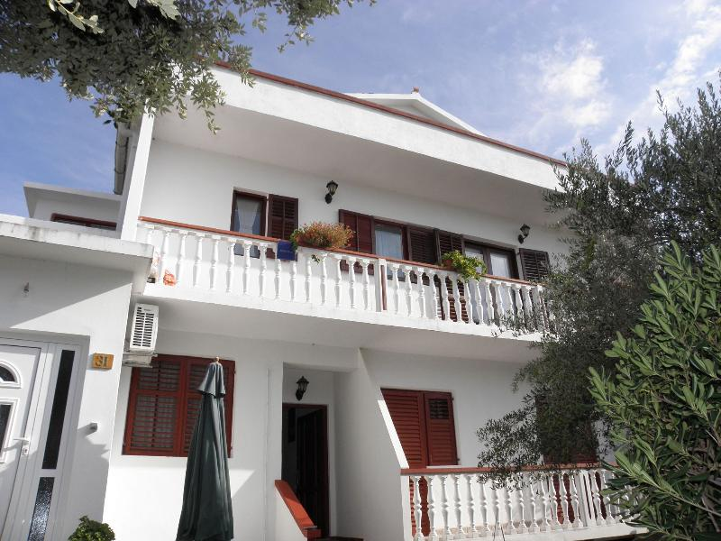 Pere A3(2+2) - Povljana, holiday rental in Island of Pag