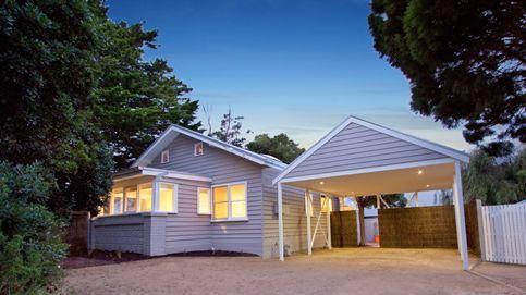 La linda casa de playa se ve como si de una casa de playa.