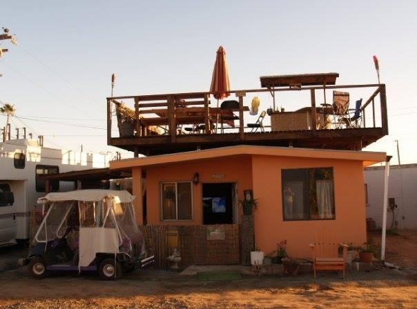 House in Ensenada in town, alquiler de vacaciones en Lengüeta Arenosa