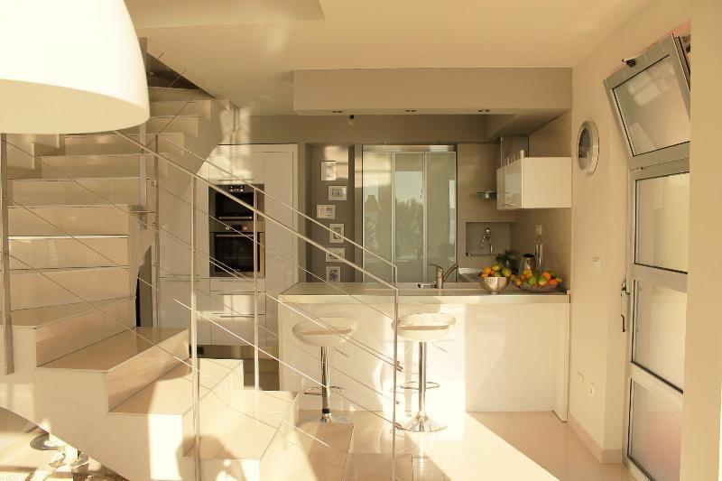 A4 Luxury Trogir (6): kitchen