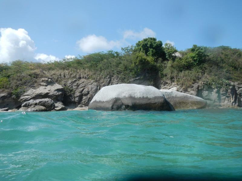 Playa la Chiva (Blue Beach)