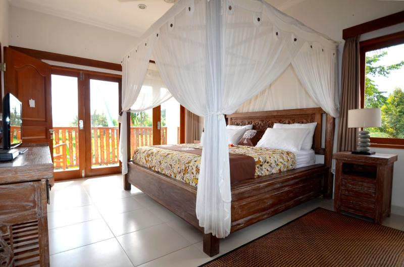 Duluxe bedroom villa santai karangasem, holiday rental in Bukit