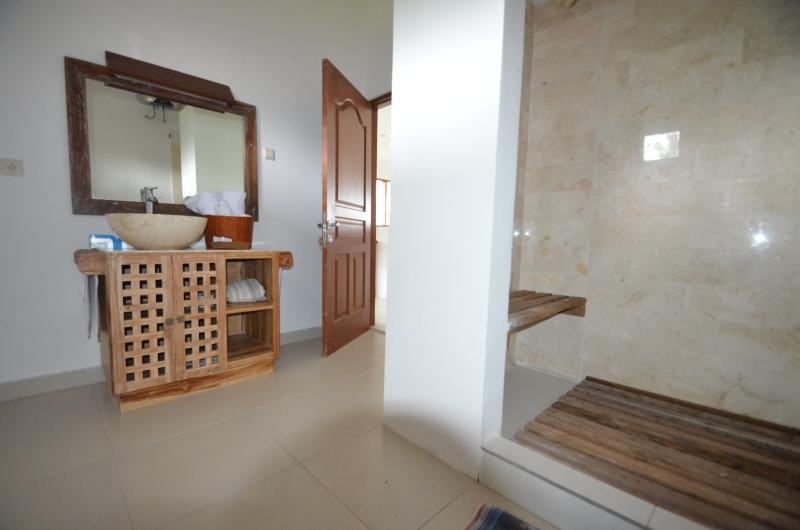 standard room - private bathroom