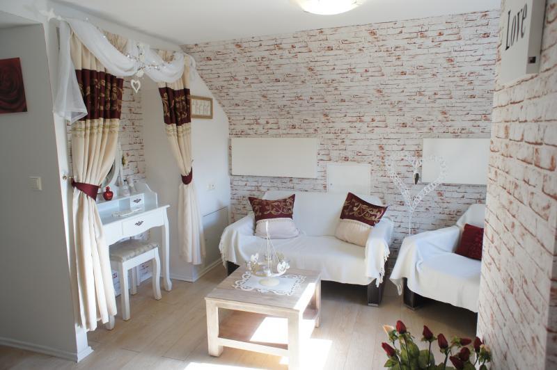 romántico dormitorio principal