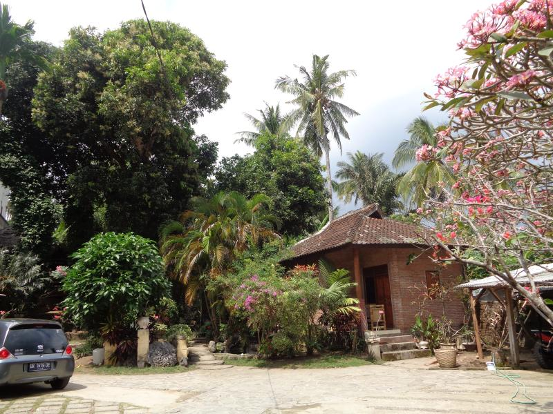 Batulayar Bungalow 3, vacation rental in Senggigi