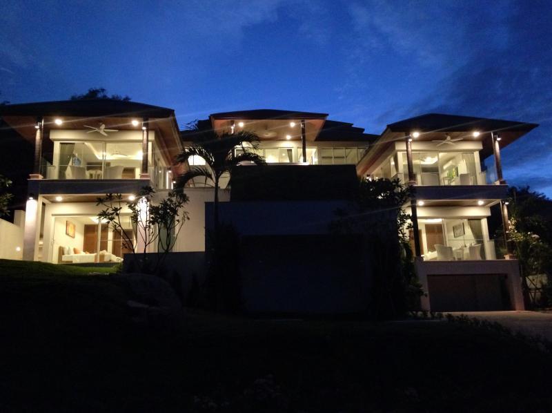 Villa Belle at night