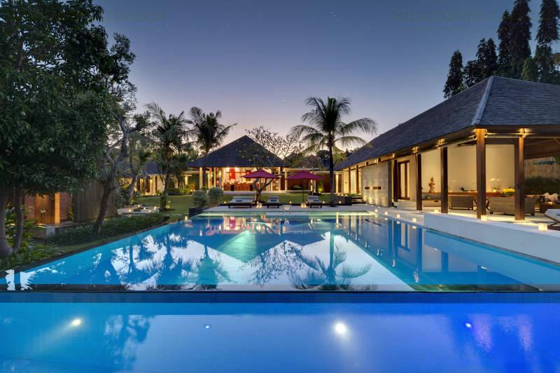 Villa Astika Toyaning Canggu Bali Family Friendly, location de vacances à Canggu