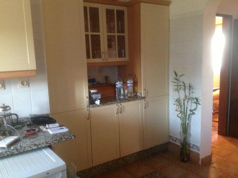 Kitchen Area Photo 1