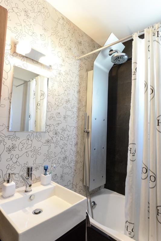 View of bathroom next to master bedroom and 'childrens room'