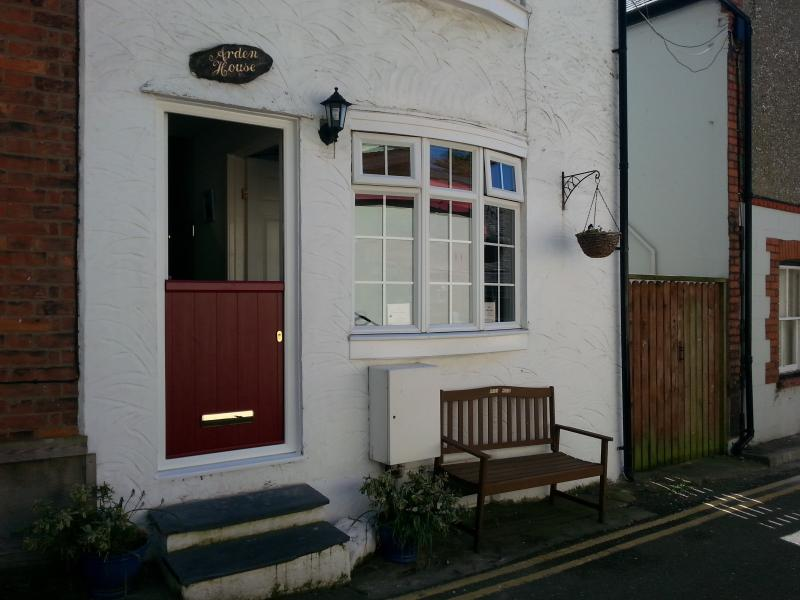 ARDEN HOUSE 322645, vacation rental in Barmouth