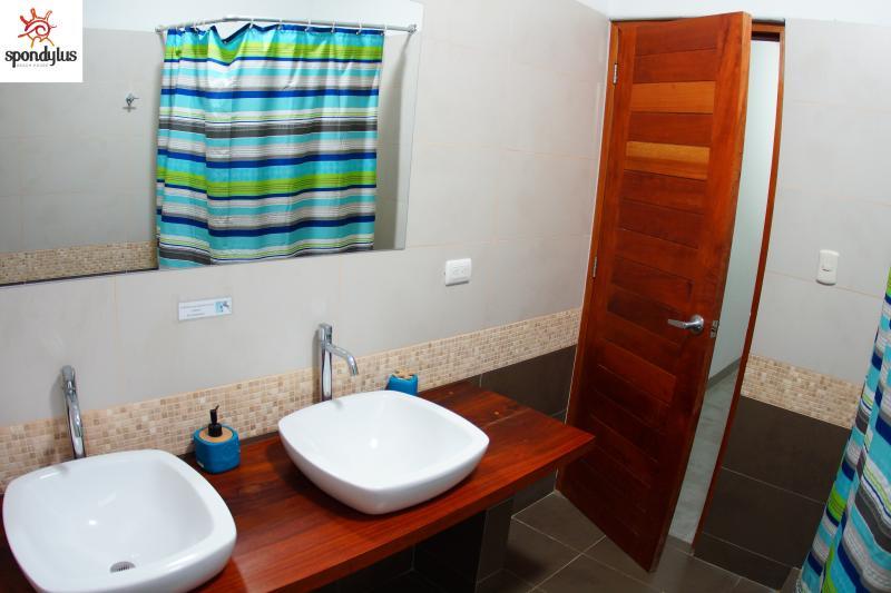 Baño Dormitorio Cuadruple