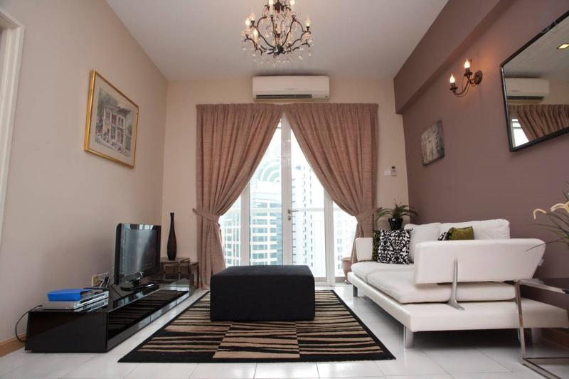Beautiful apartment in KL city center. Walking distance to many malls and restaurants/ bars & cafes.