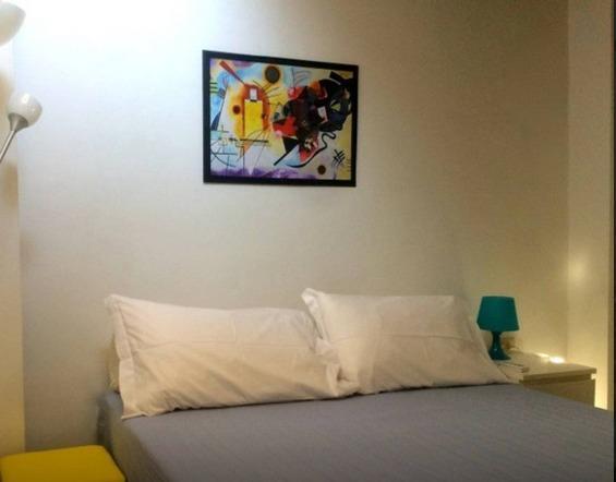 confortable habitación doble con aire acondicionado
