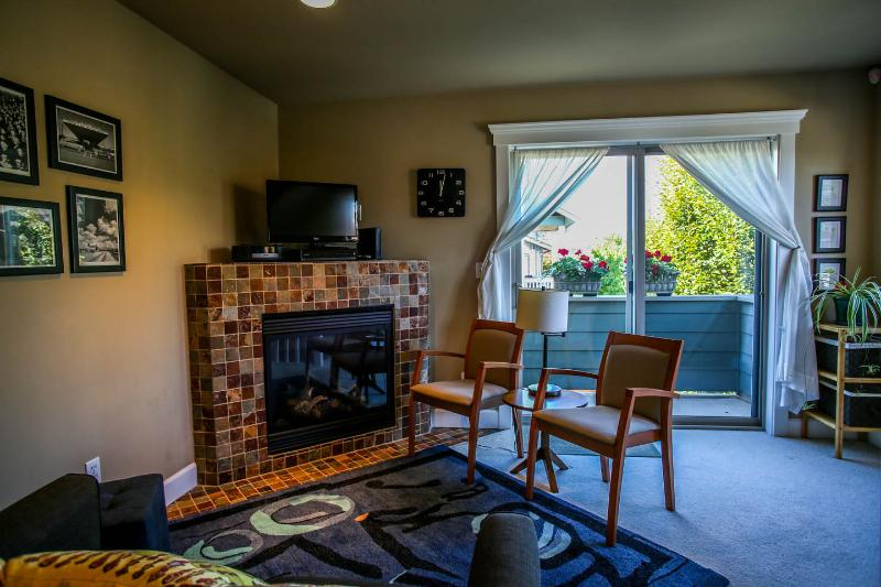 cozy Ballard Abode & Ballard Abode Vacation Home Rental in Seattle WA UPDATED 2018 ...