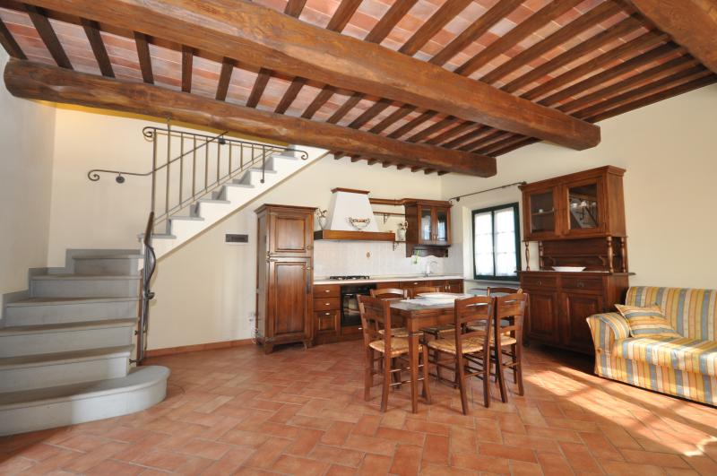 Agriturismo MUSIGNANO - COLORINO n. 3+2 posti letto, vakantiewoning in Cerreto Guidi